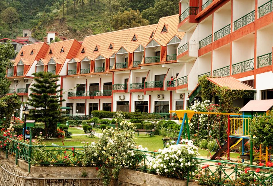 Book Resorts in Kasauli for the New Year Celebration 2020 ...